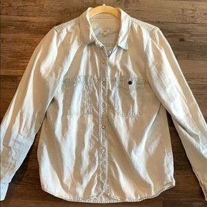 Madewell faded blue button up shirt